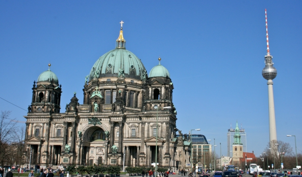 Berlin_Cathedral_and_TV_tower