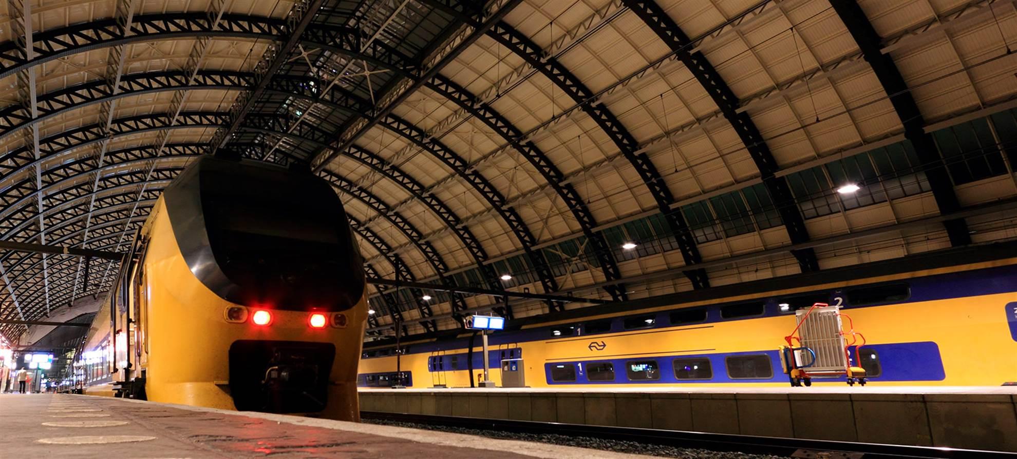 Treno da Schiphol ad Amsterdam