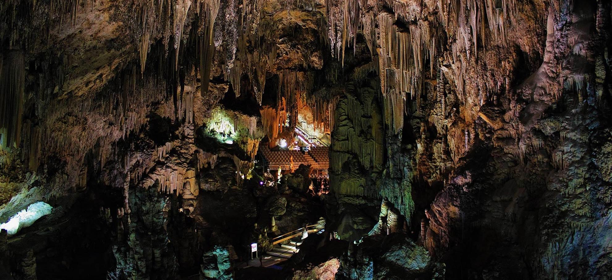 Tropische kust & grotten van Nerja