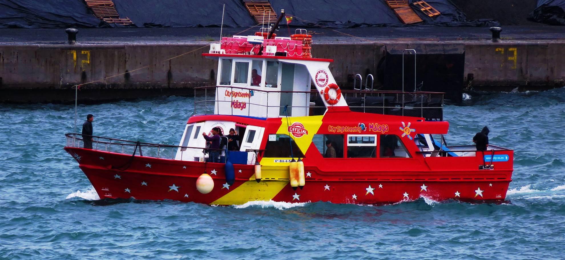 Bussi-, vene sekä kävelykierros