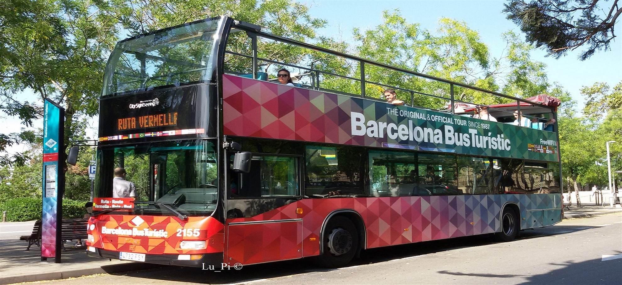 Hop-af-og-på-bussen i Barcelona
