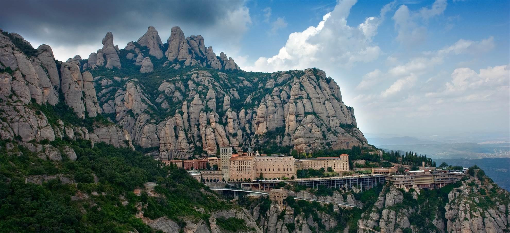 Tour Aereo di Montserrat