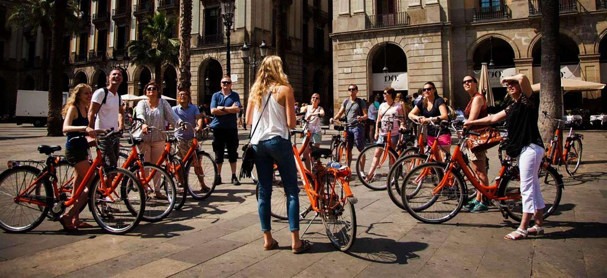 Gaudí City Tour en Velo (Guide français)