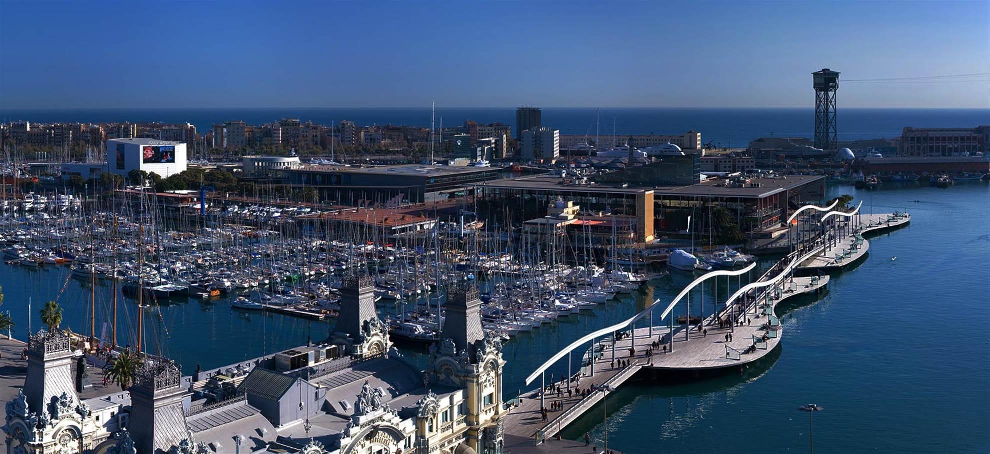 Barcelona Costa Tour en helicóptero