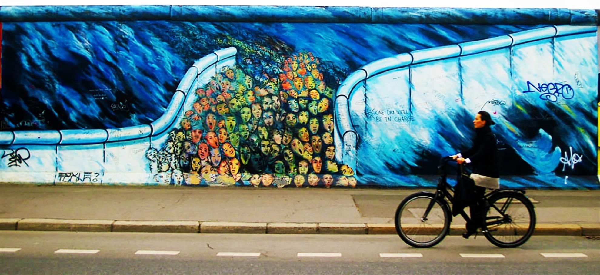 Berlin East-West Bike Tour