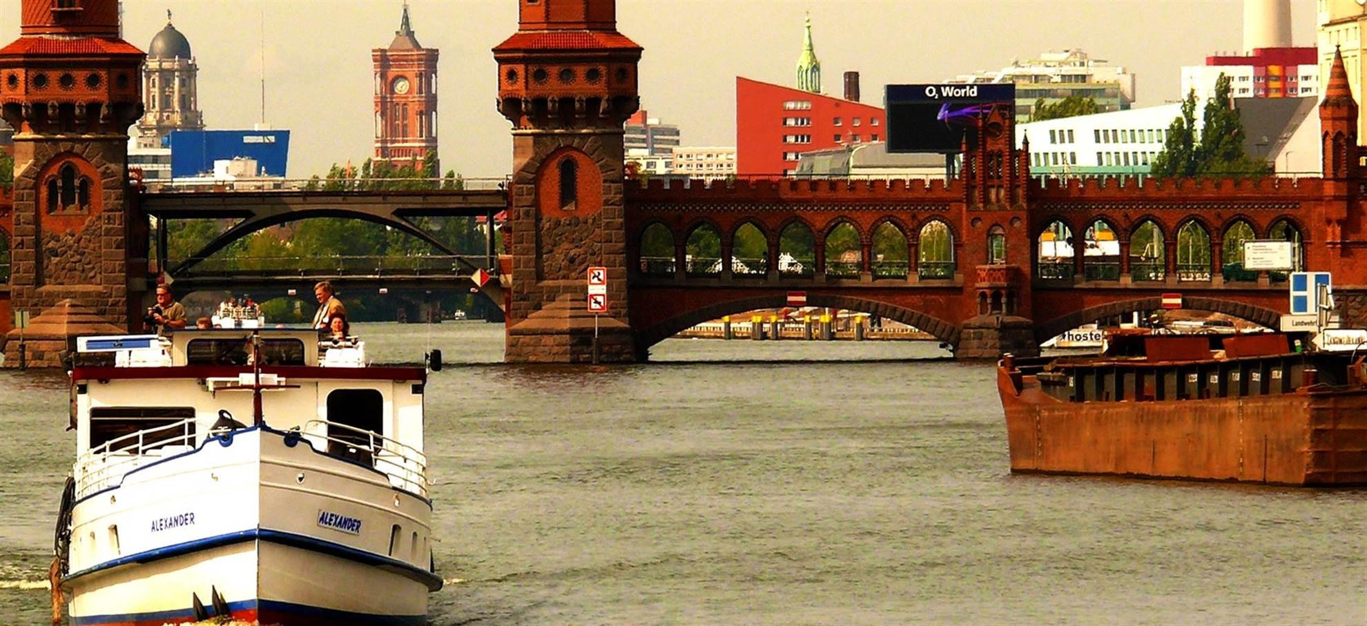 Bridge to Bridge Canal Cruise