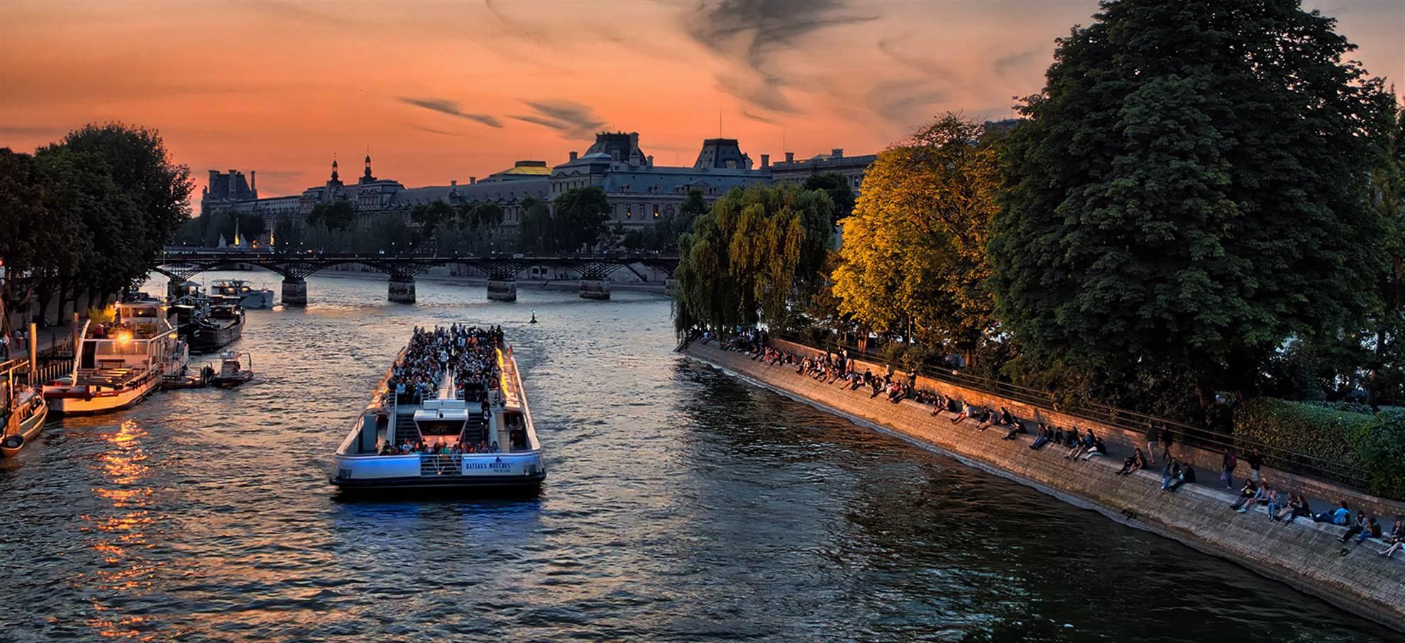 Parijs City Tour + Montparnasse + Seine Cruise
