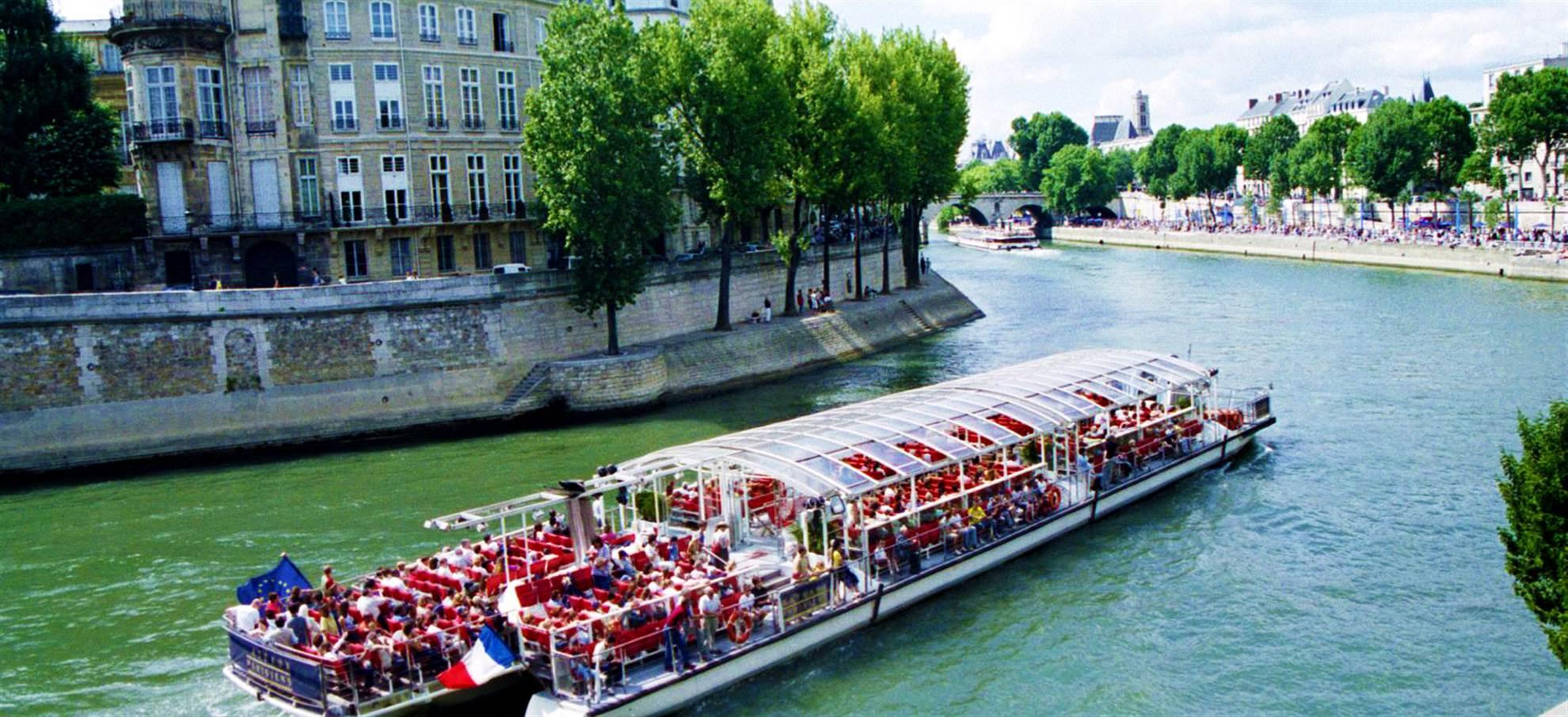 Seine Cruise (from Eiffel Tower)