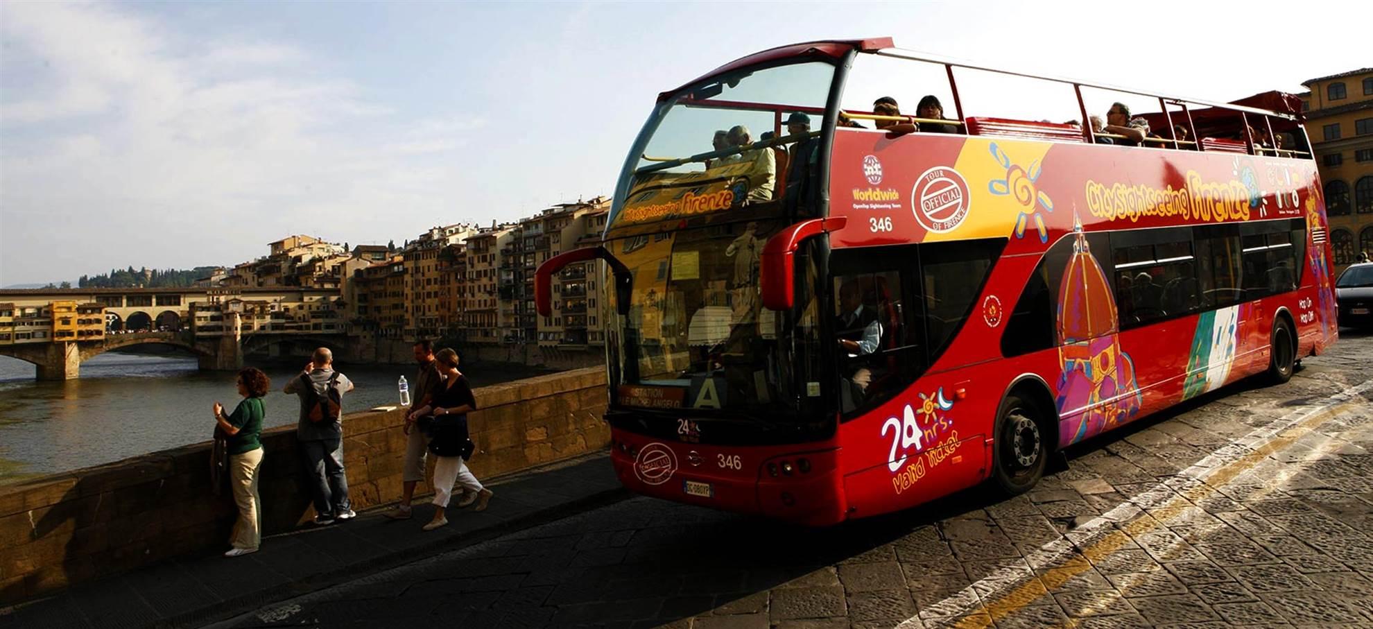 Ónibus Hop on Hop off em Florença