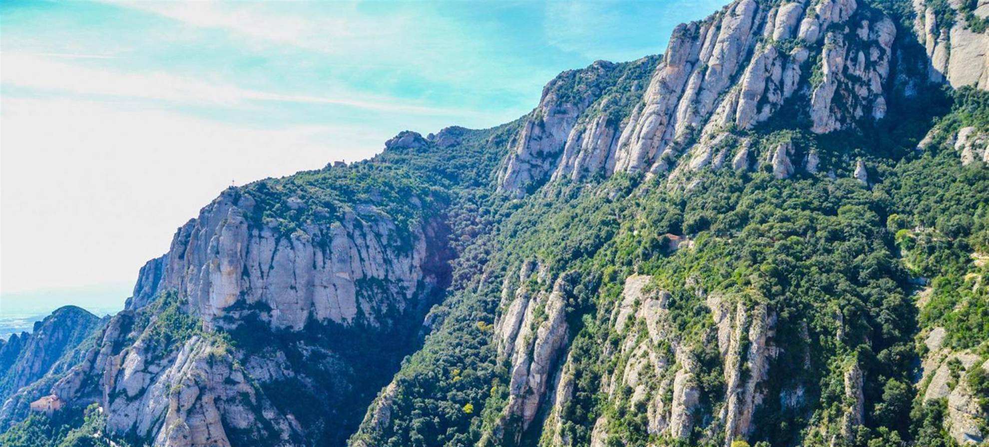 Montserrat Private Experience (Lunch Included)