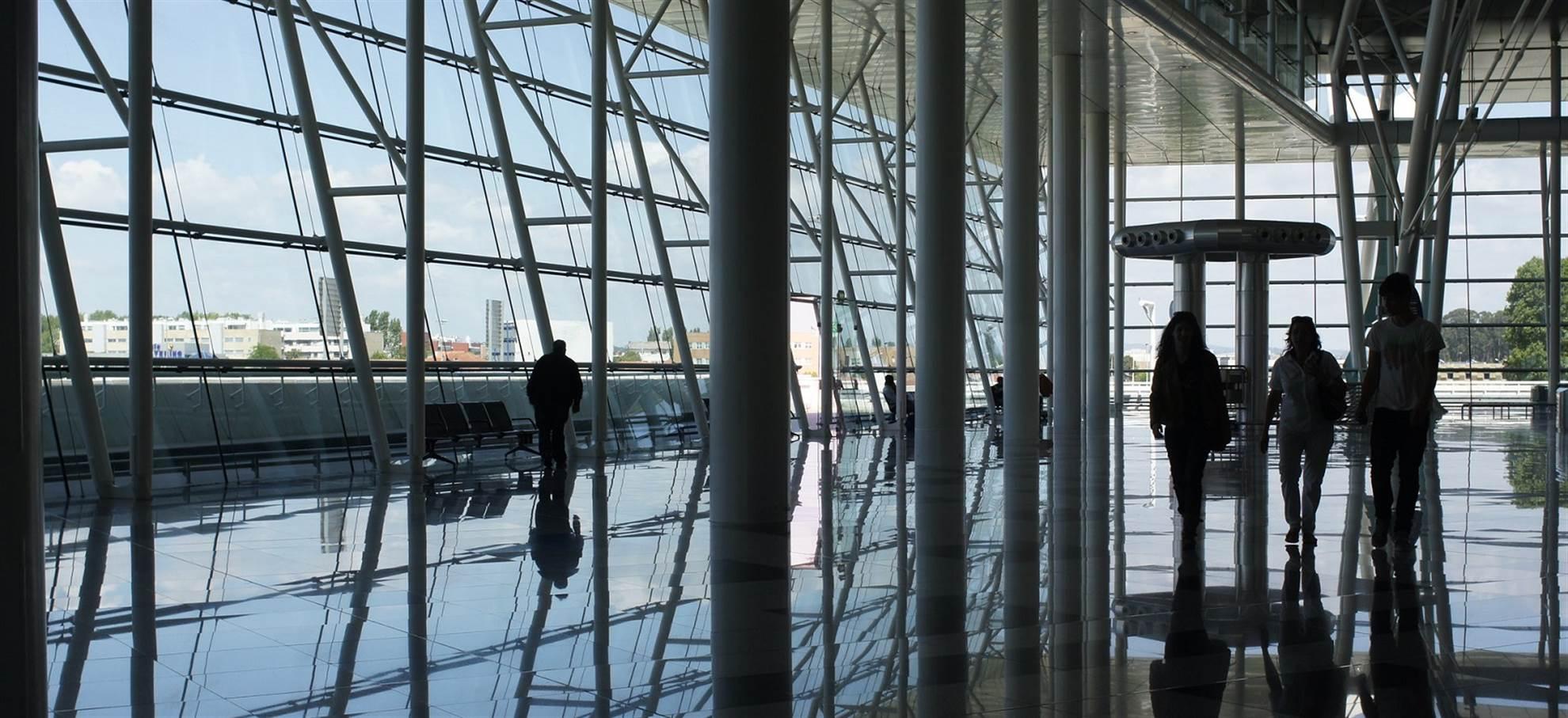Porto Airport to City Centre