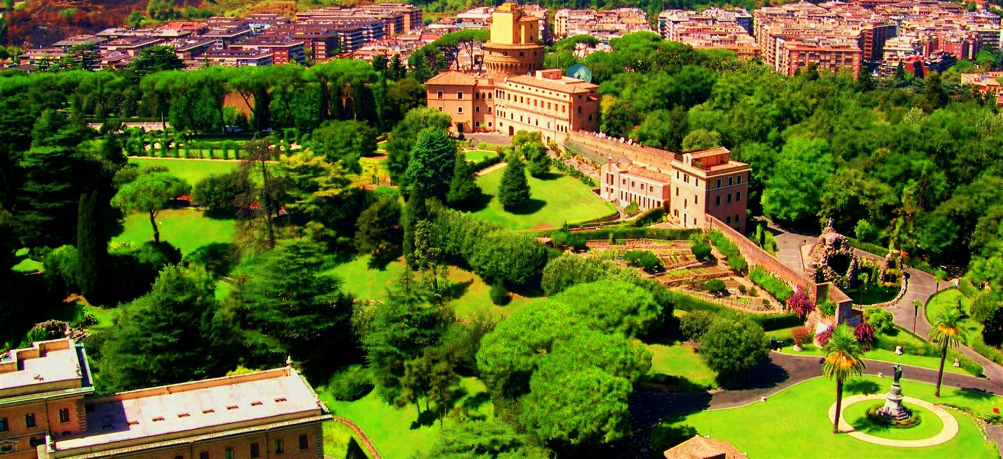 De Vaticaanse tuinen, met een mini open bus