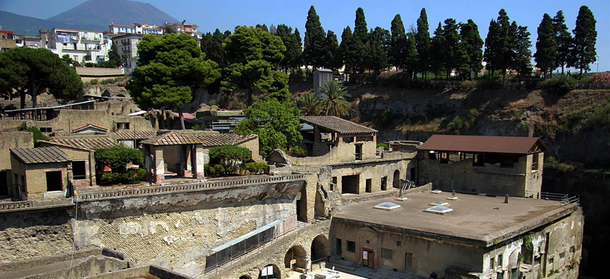 Visitez Pompéi avec ou sans train au départ de Naples