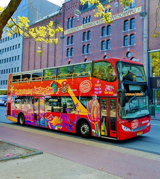 Hop-on Hop-off Bus Tour + Nederlandse audiogids