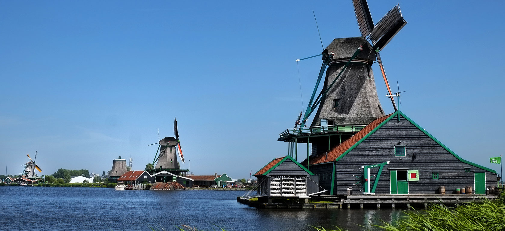 Day Trip to Keukenhof & Flowerfields, Volendam & Windmills (Small Group Tours)