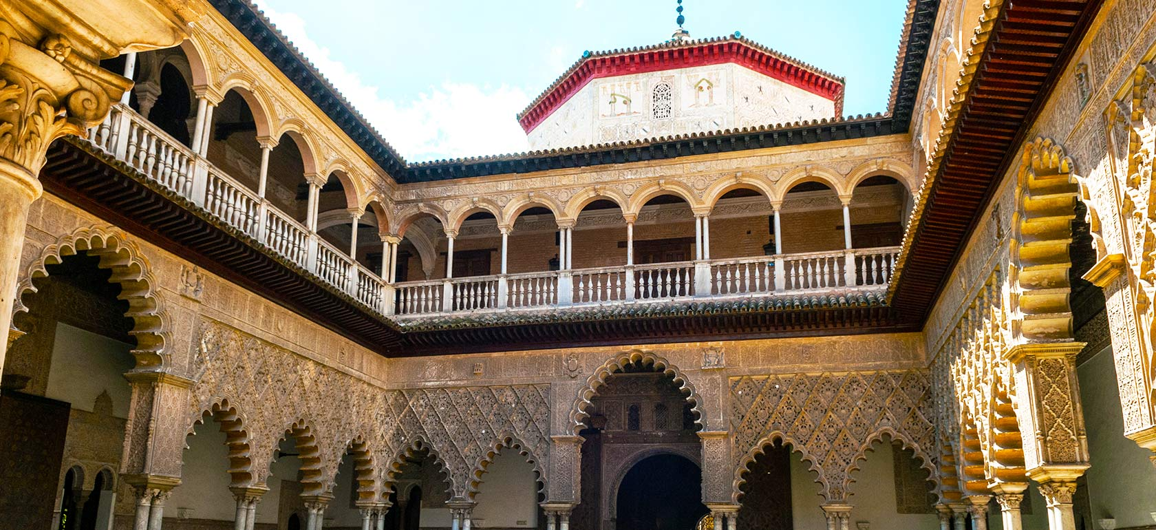 Alcazar de s ville for Seville house