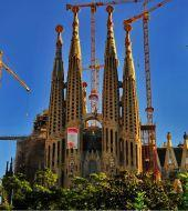 Ticket Sagrada Familia & Hop on Hop off Bus