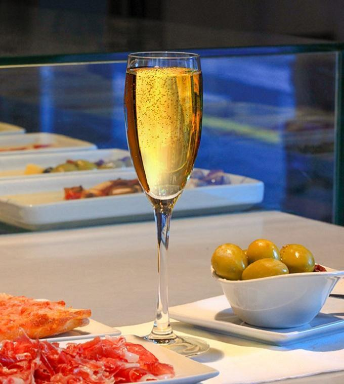Gourmet Tour in Barcelona with our local guide