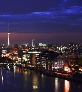 Berlin Highlights by Night Minibus
