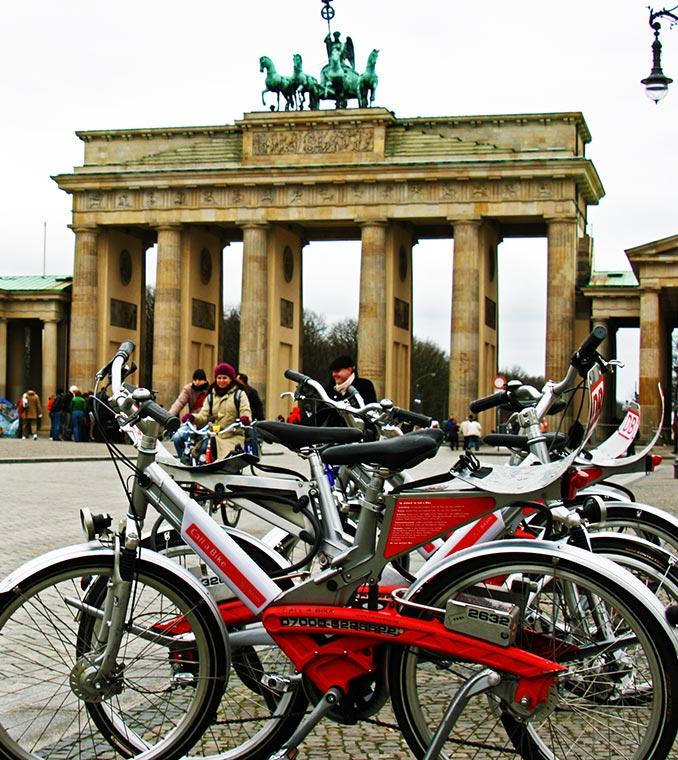 Berlin Highlights Bike Tour