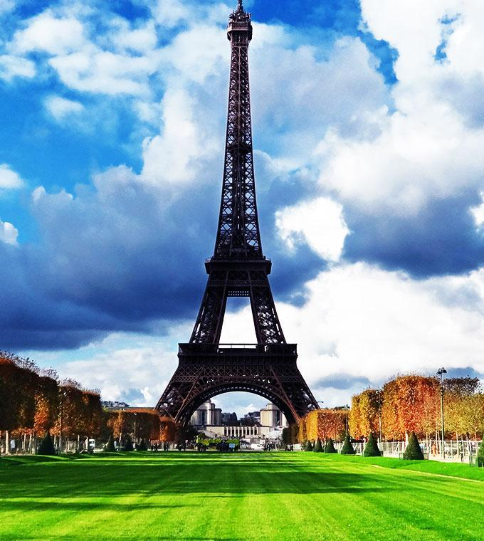 Discover Notre-Dame, Montmartre & Eiffel Tower