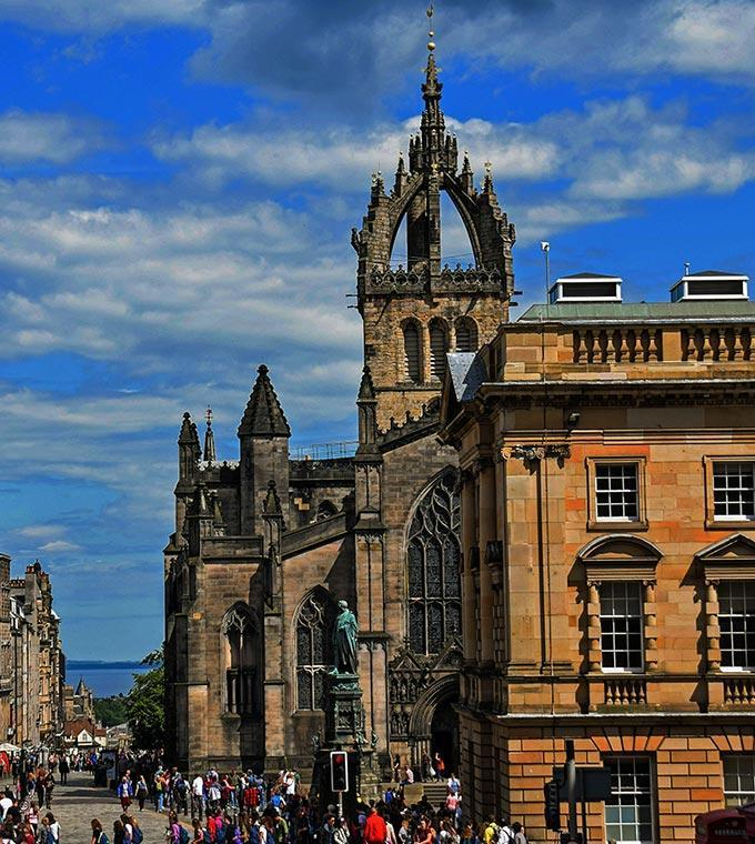 Royal Mile Walking Tour