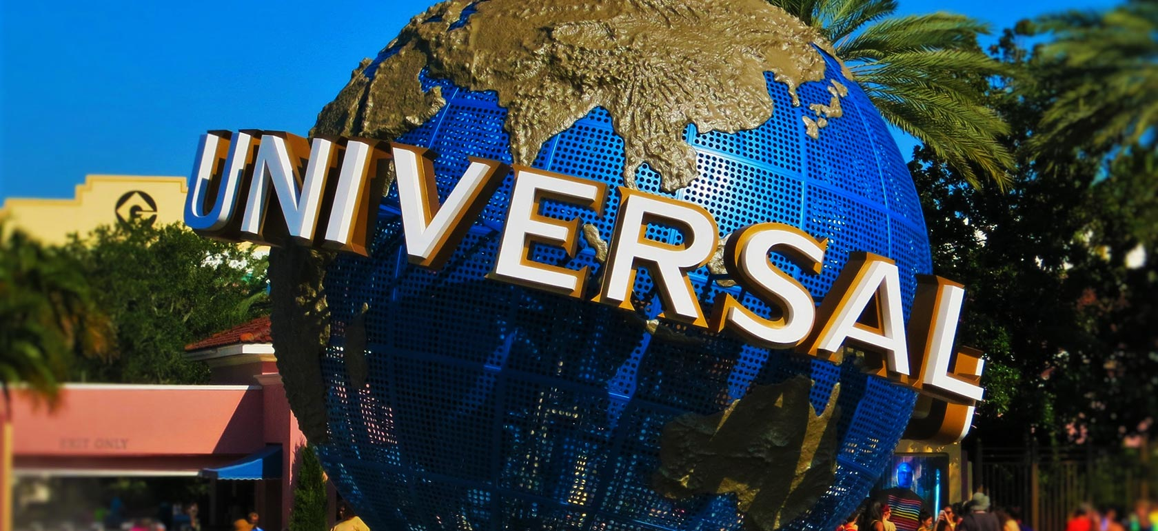 Universal Studios Tour (all day) with Free Shuttle