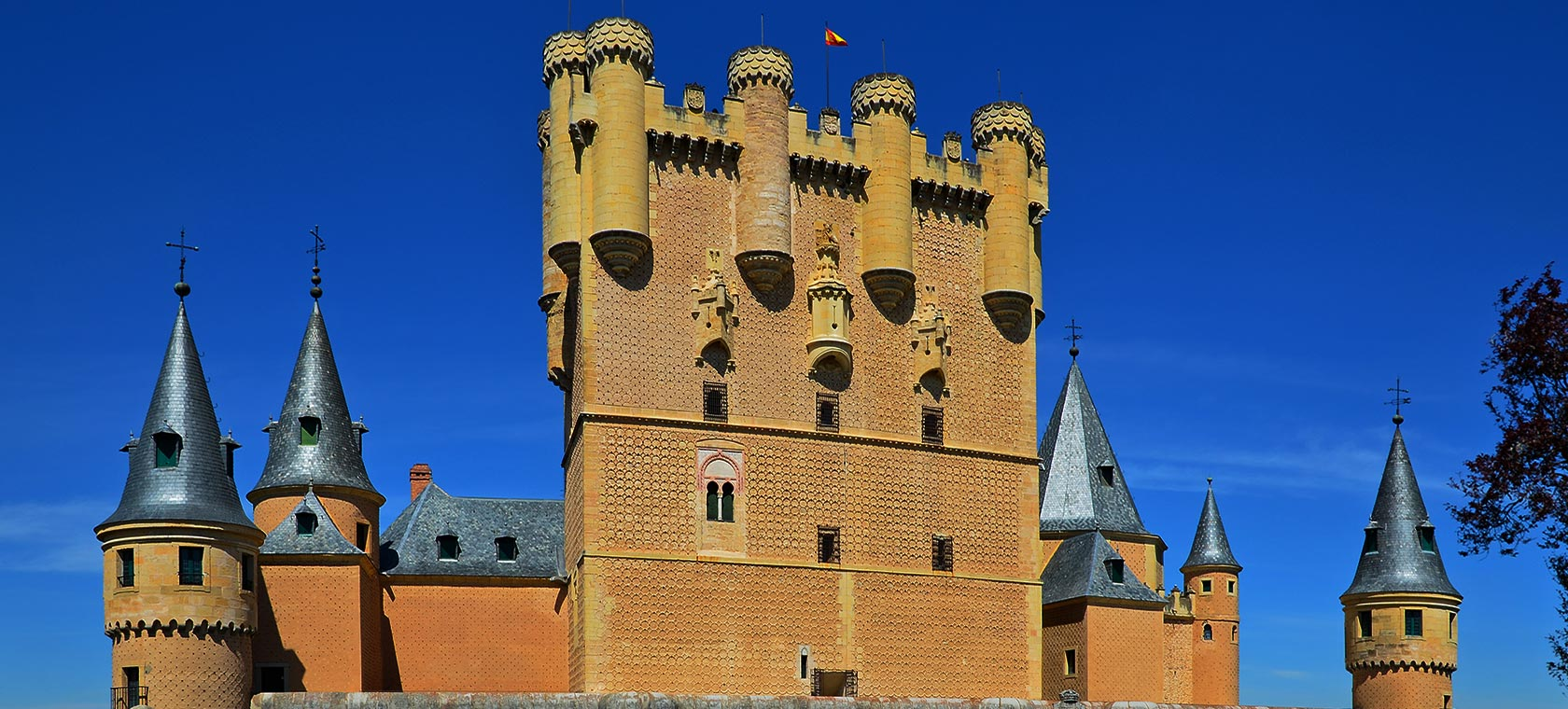 Alcazar of Segovia, Skip the line!