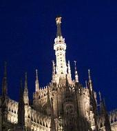 Milano by night with happy hour