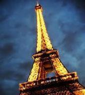 埃菲尔铁塔,游船和巴黎夜景