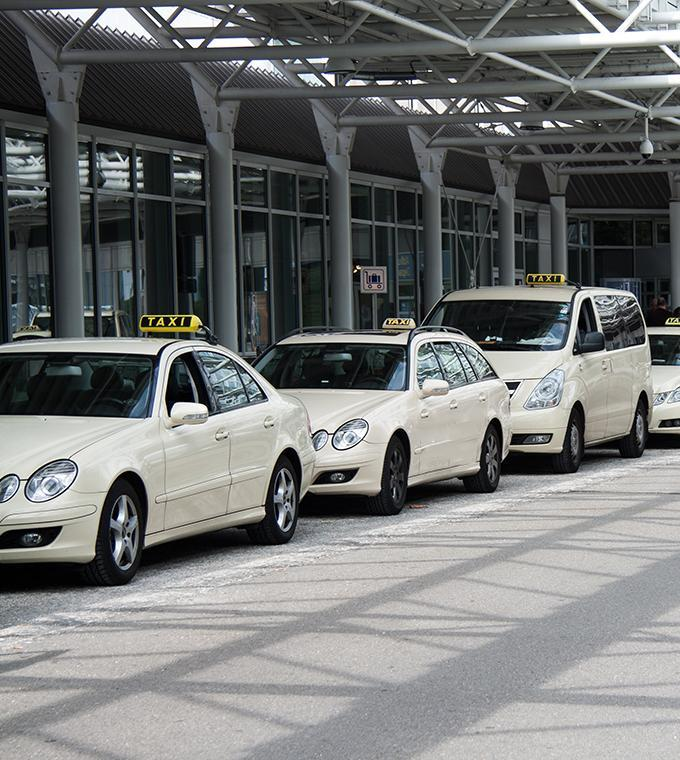 Taxi Paris Airport Orly - Hotel