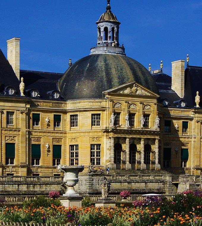 Guided Visit of Vaux le Vicomte & Fontainebleau