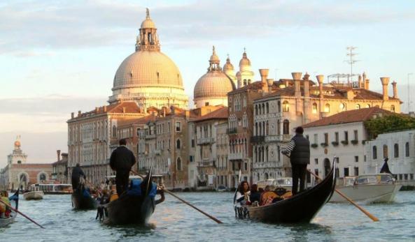 Afbeelding van Gondola Ride